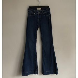 We The Free Bellbottom Jeans Size 25